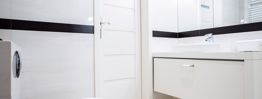 How to pay less than the average cost of a small bathroom - Average cost of renovating a bathroom ...